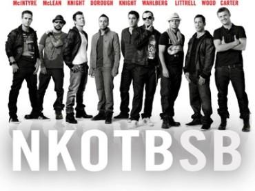 New Kids On The Block+Backstreet Boy: ecco gli NKOTBSB con Don't Turn The Lights Out