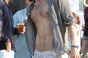 Penn Badgley GNOCCO al Coachella Valley Music and Arts Festival