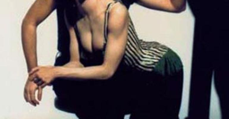 Lady Gaga copia Madonna con Jean Paul Gaultier: ennesimo omaggio o caduta di stile?