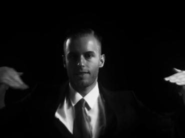Torna Immanuel Casto con Killer Star: video ufficiale