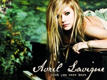 Video ufficiale per Wish You Were Here di Avril Lavigne