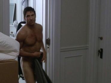 Dylan McDermott NUDO in American Horror Story: ecco le foto
