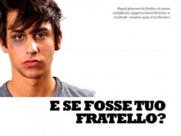 Omofobia a Parma: sputi ed insulti perché gay