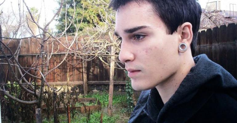 Eric James Borges si è suicidato: se ne va un altro giovane gay
