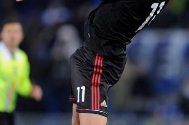 Zlatan Ibrahimovic MONSTER all'Olimpico di Roma