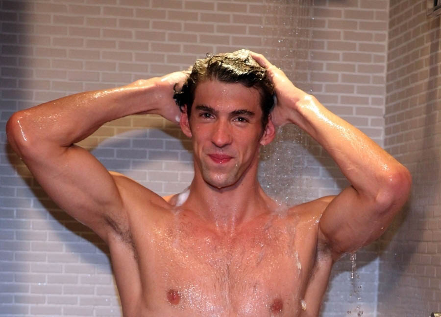 michael-phelps-head-shoulders-02082012-05c