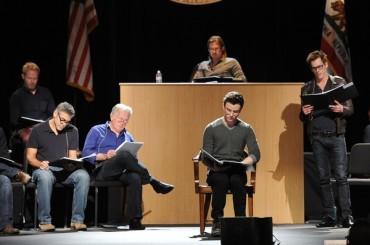 George Clooney e Brad Pitt dicono SI' al MATRIMONIO GAY con lo show teatrale 8