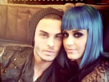 Katy Perry nega l'inciucio con Baptiste Giabiconi