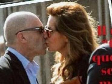 Alessandro Sallusti e Daniela Santanchè si baciano: è nata una coppia