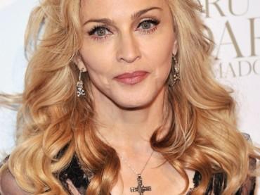 Jean Paul Gaultier torna a vestire Madonna, che presenta Truth or Dare