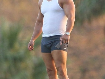 Mark Wahlberg in mutande sul set di Pain And Gain