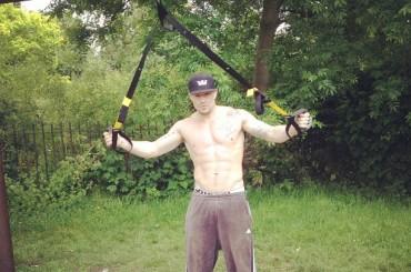 Duncan James torna a mostrare i muscoli su TWITTER