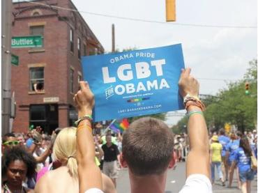 Barack Obama e l'ORGOGLIO nei confronti del Gay Pride su Facebook