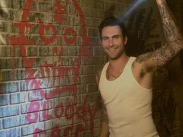 Adam Levine sul set di American Horror Story 2