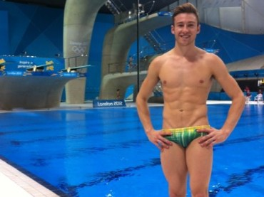 Olimpiadi 2012: Matthew Mitcham suona e canta Single Ladies con l'ukulele