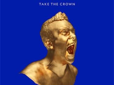 Torna Robbie Williams con TAKE THE CROWN: cover e tracklist