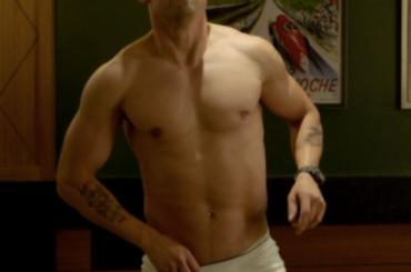 Milo Ventimiglia di culo con Indovina perché ti odio