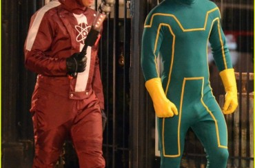 Aaron Johnson e il pacco in Kick-Ass 2