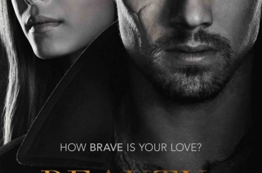 Jay Ryan di Beauty and the Beast mostra le chiappe in Go Girls