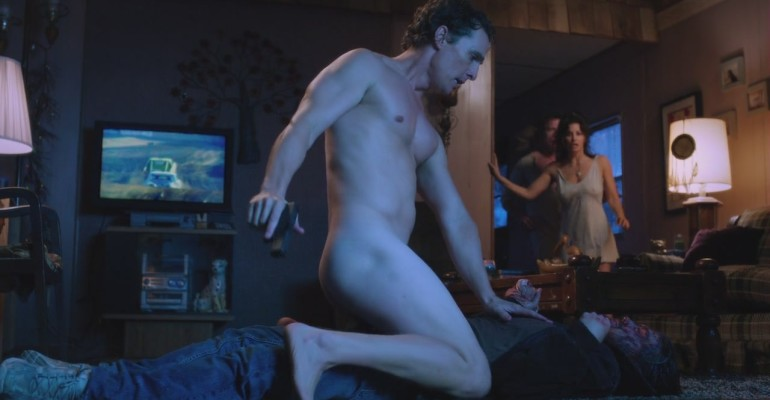 Matthew McConaughey tutto nudo in Killer Joe – le foto