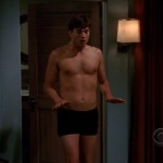 ashton kutcher shirtless two and a half men