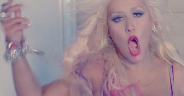 Lotus flop in Inghilterra: 28esima posizione all'esordio per Christina Aguilera