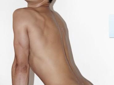Lucas Mutinelli sexy su Coitus per Santo Stefano