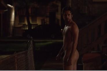 Justin Chatwin nudo in Shameless – ecco la foto verità