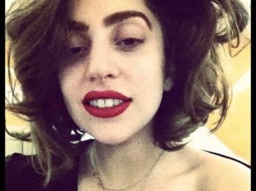 Lady Gaga si opera:  Born This Way Ball Tour cancellato