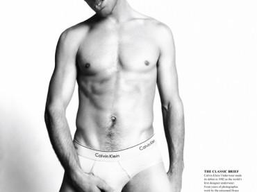 Ryan Bertroche su Fashionisto Magazine Issue vi augura buona giornata