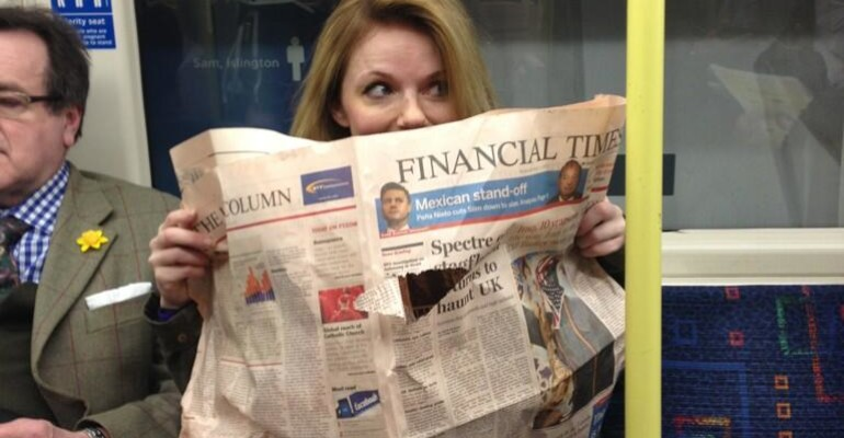 Geri Halliwell in metro a Londra dopo 17 anni: ma non puzza!
