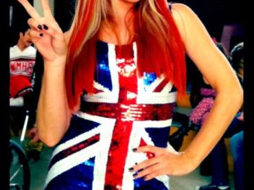 Glee omaggia le Spice Girls – prima foto della Ginger Spice