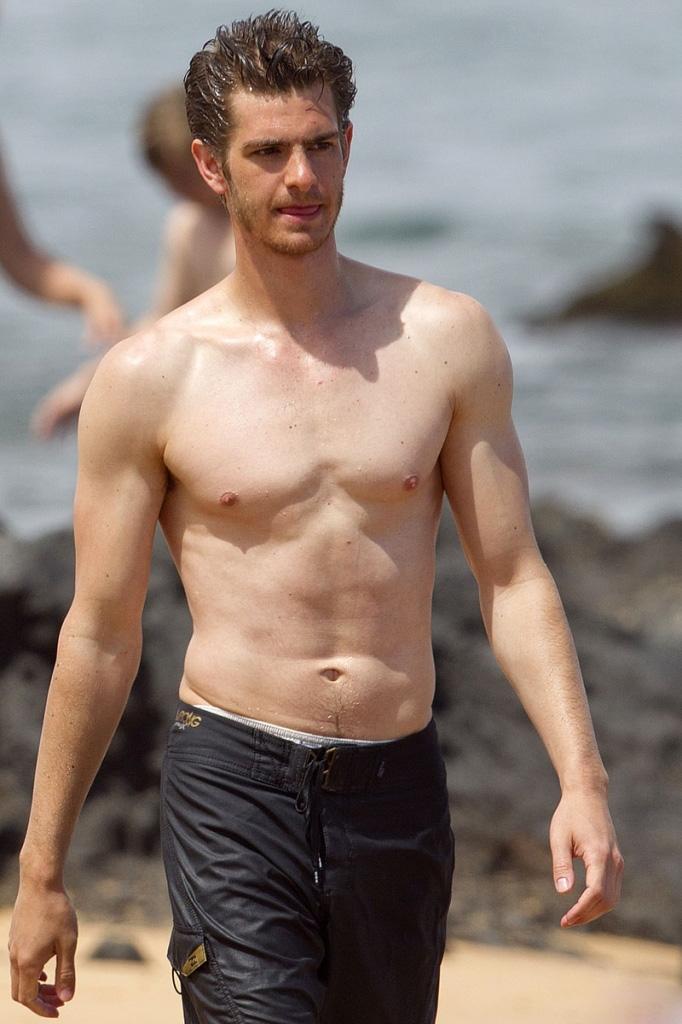 Pics Photos - April 15 2013 By Mcn Under Actors Gay Andrew ... Andrew Garfield Gay