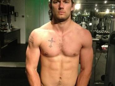 Alex Pettyfer hot per 50 Sfumature di Grigio?