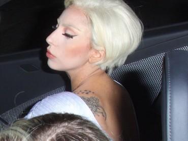 Lady Gaga va ad un party: che sia definitivamente guarita?