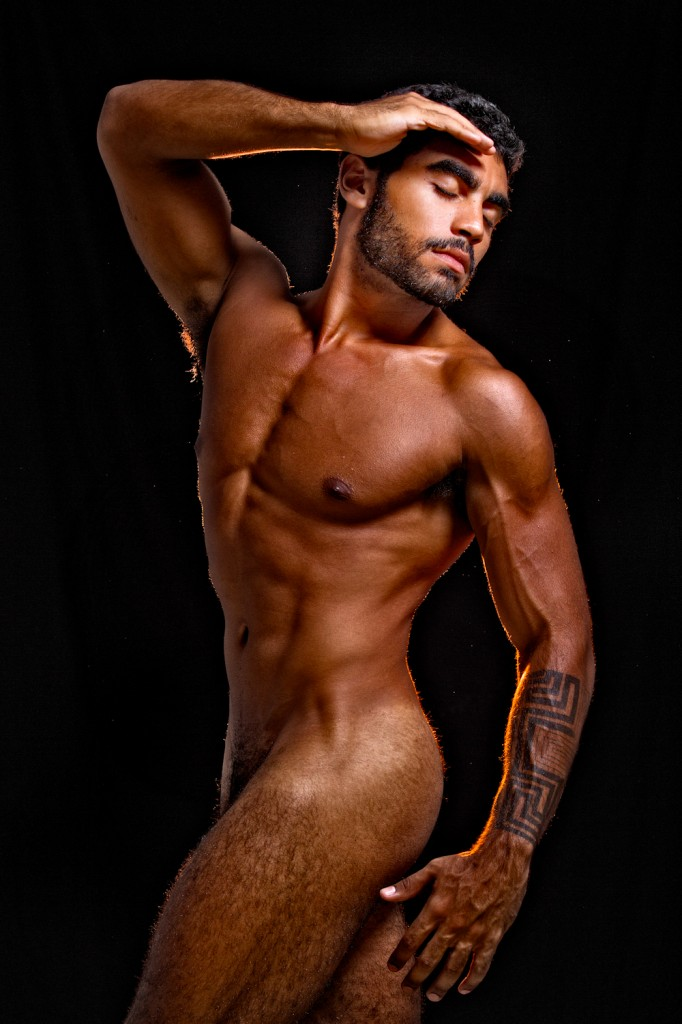 Rosso vip maschile gay escort muscle