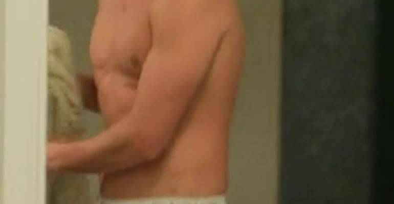 Ryan Lochte in mutande in What Would Ryan Lochte Do? – foto