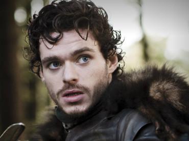 Game of Thrones 3×07 – Richard Madden finalmente nudo – le foto