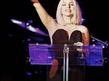 Lady Gaga al Gay Pride di New York – discorso + inno – video