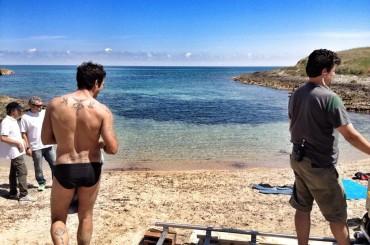 Allacciate le Cinture: Francesco Arca di culo sul set del nuovo film di Ferzan Ozpetek