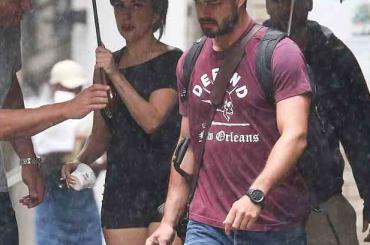 Lady Gaga sta a strigne er culo: Taylor Kinney la tradisce con Cameron Diaz?