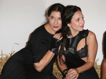 Marina Abramović e Lady Gaga amiche chips per la vita