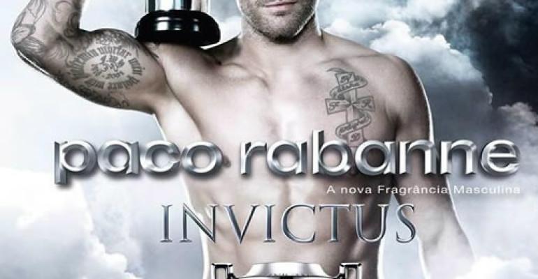 Nick Youngquest volto e corpo del profumo INVICTUS di Paco Rabanne – foto e video