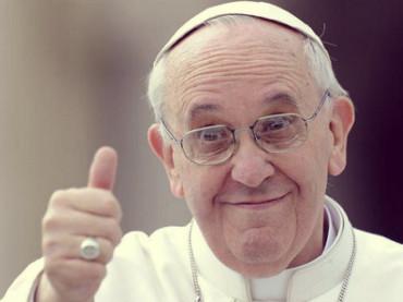 Papa Francesco sorprende: chi sono io per giudicare un gay?