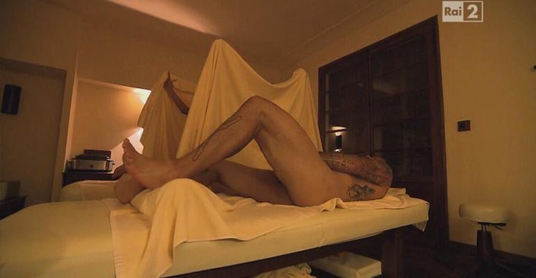 Pechino Express 2013: ecco Alessio Sakara nudo