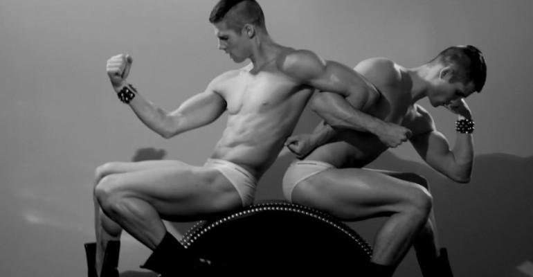 Matt Woodhouse, Ryan Bertroche e Travis Hanson gnocchi per DSQUARED2 UNDERWEAR