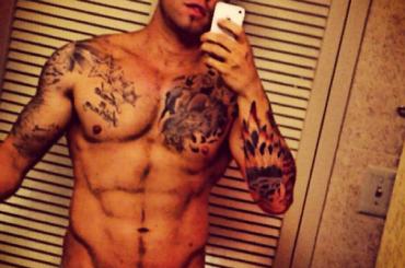 Duncan James di nuovo in mutande su Instagram