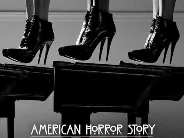 American Horror Story: Coven – subito tante carne al fuoco con Bitchcraft
