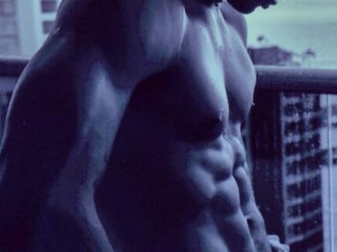 Usher muscoloso su Instagram