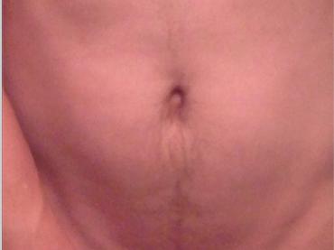 James Franco nudo mostra il pelo pubico su Instagram